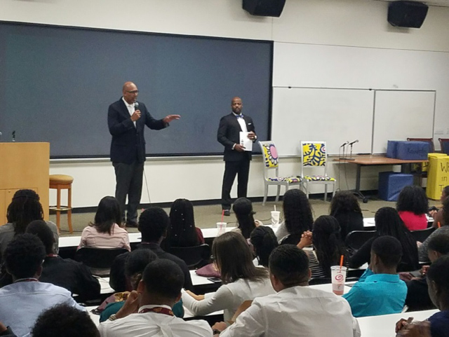 Assemblyman Holden with students at the African-American Leaders of Tomorrow Conference at Cal State Dominguez Hills.